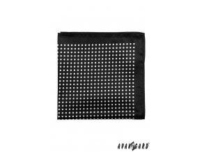 Černý kapesníček s bílým puntíkovaným vzorem